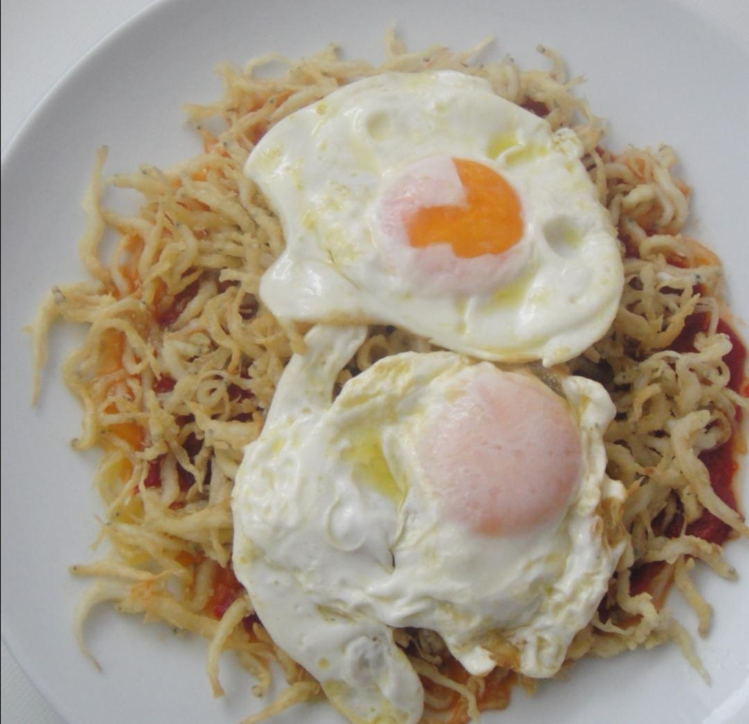 chanquetes con huevos fritos